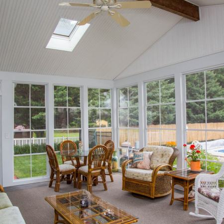 5 Things Every Sunroom Needs