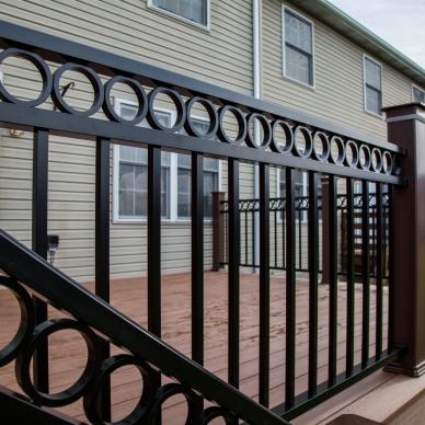 new vinyl railings on deck
