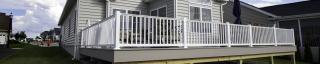 vinyl railings around deck