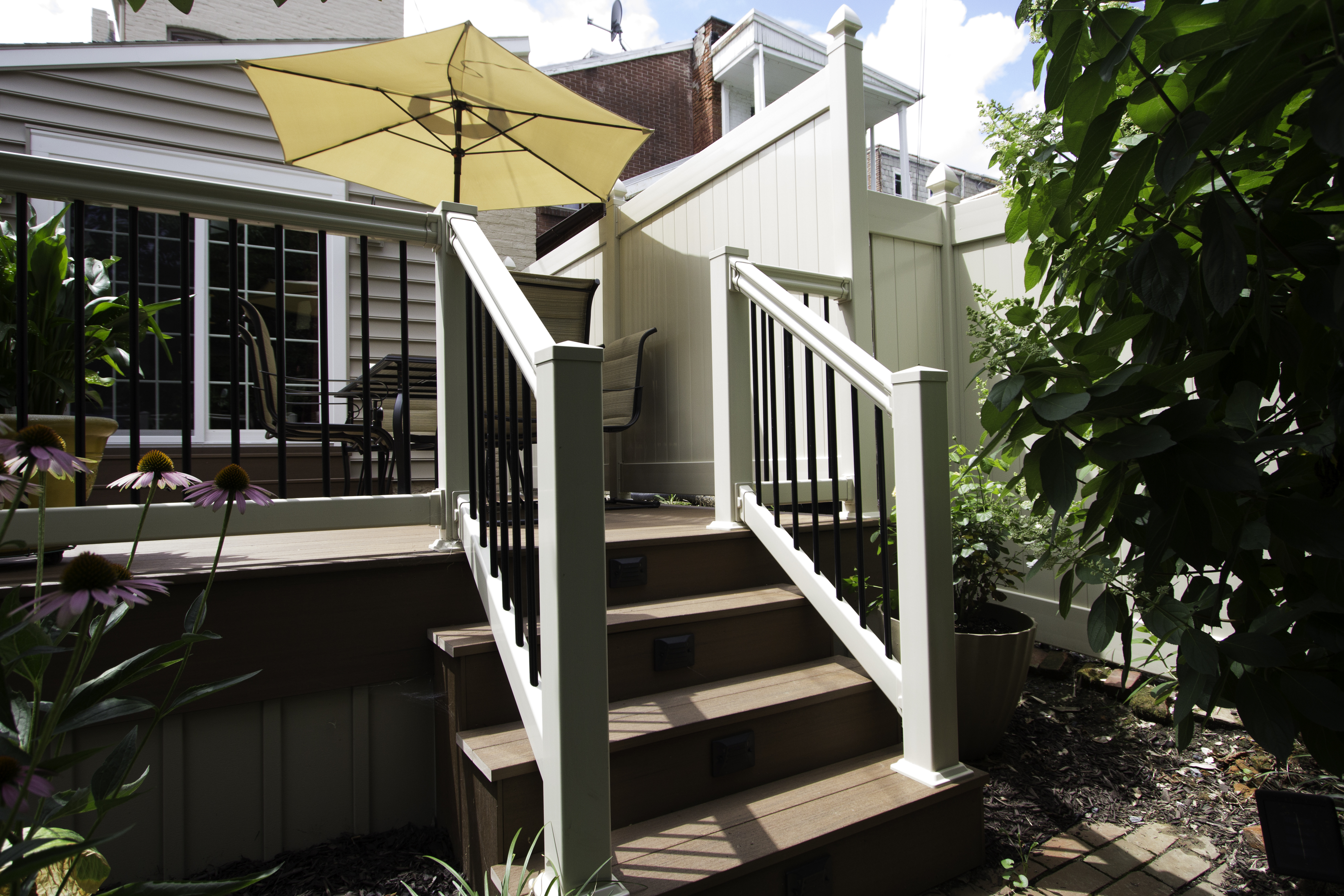 vinyl deck and railings