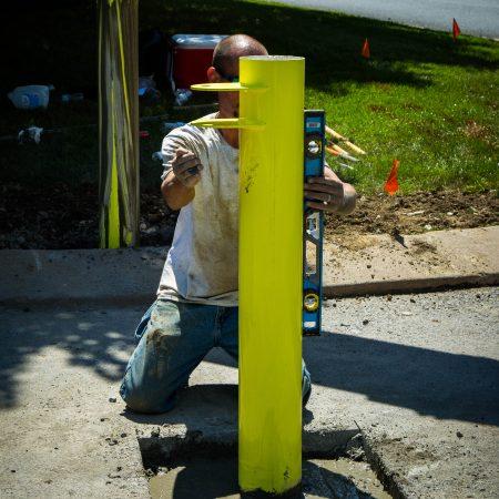 stabilizing gate post