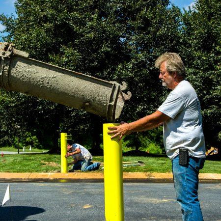guiding concrete into gate post