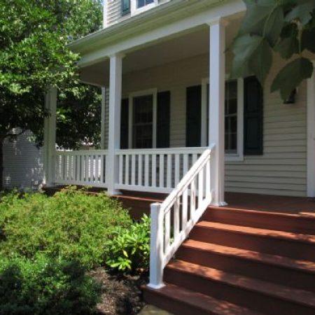 deck and vinyl railings
